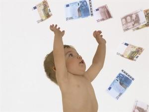 neonato-e-soldi_600x450